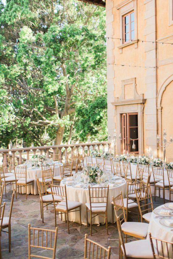 Gold chiavari chairs, perfect for a italian garden wedding