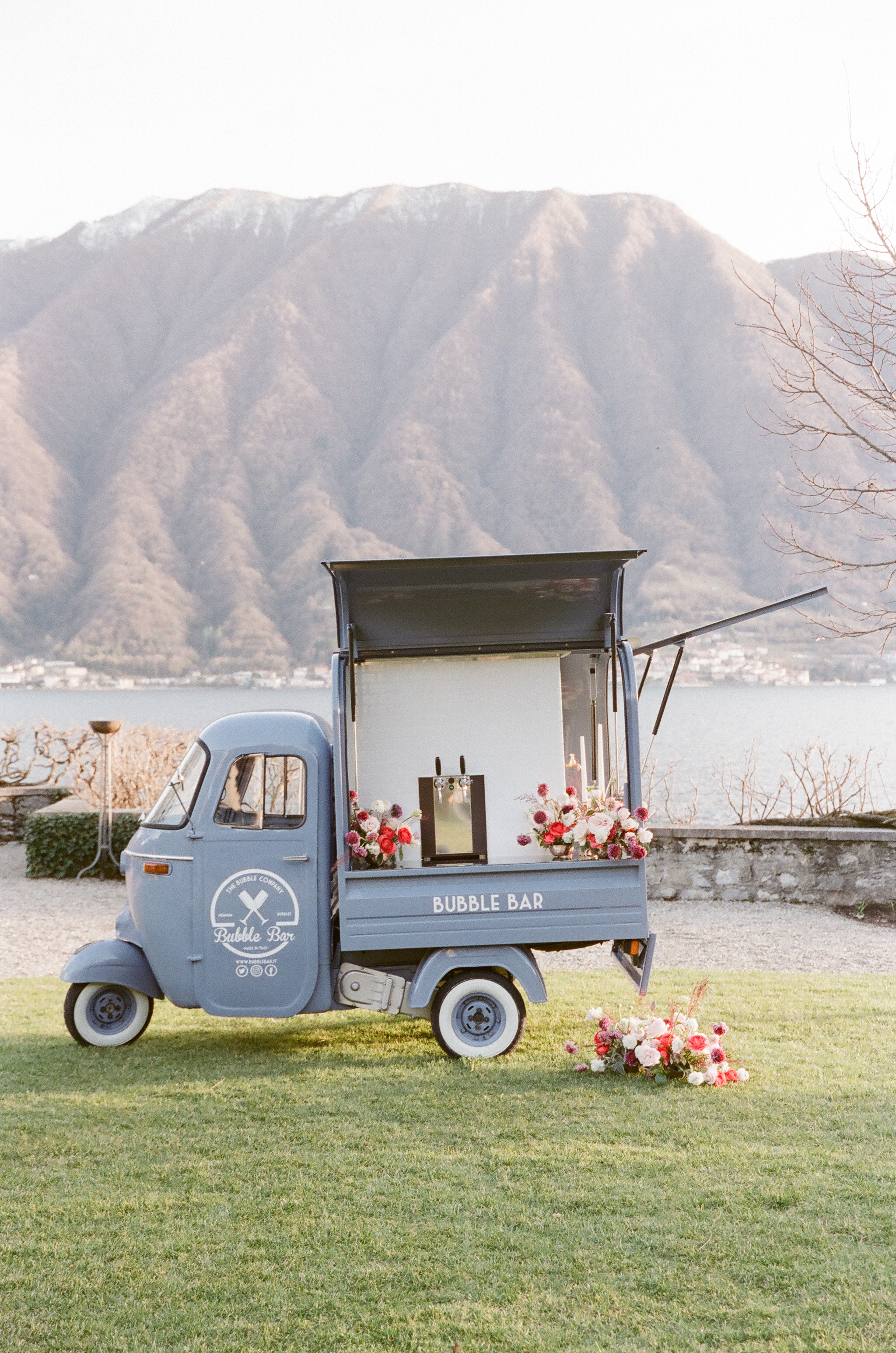 Bubble Bar, Prosecco Van, Italian inspired Weddng