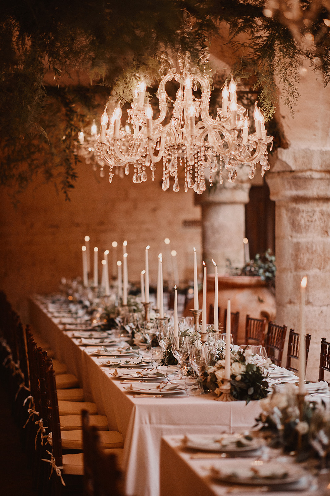 Tablesetting, wedding in Umbria