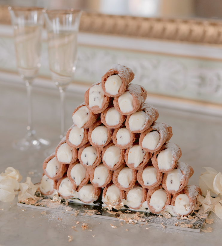 Cannoli_wedding-cake-rossini-weddings